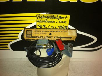 SKI DOO HALVORSON BRAKE LIGHT KIT 1245940820 VINTAGE SNOWMOBILE BOMBARDIER BRAKE LIGHT KIT 1245940820 SKIDOO ROTAX